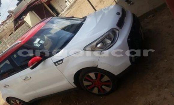 Comprar Usado Kia Soul Branco Carro em Luanda em Luanda Province