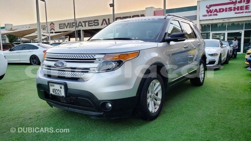 Big with watermark ford explorer bengo province import dubai 9050