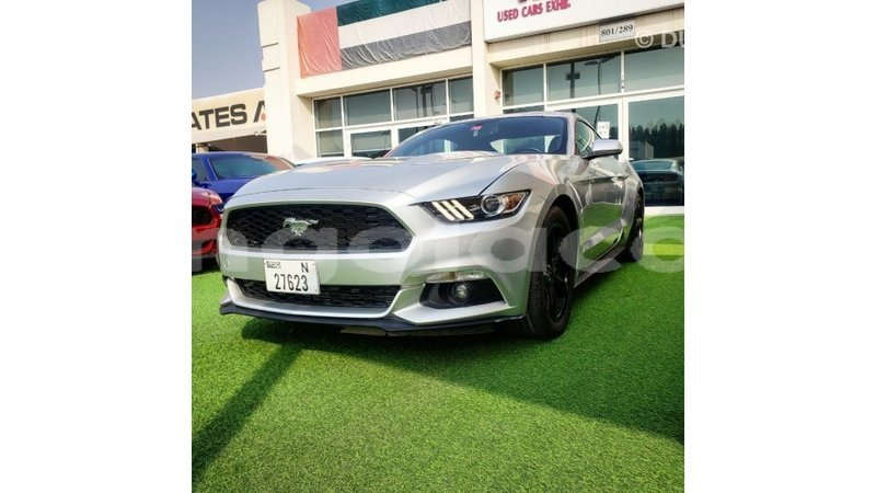 Big with watermark ford mustang bengo province import dubai 9054