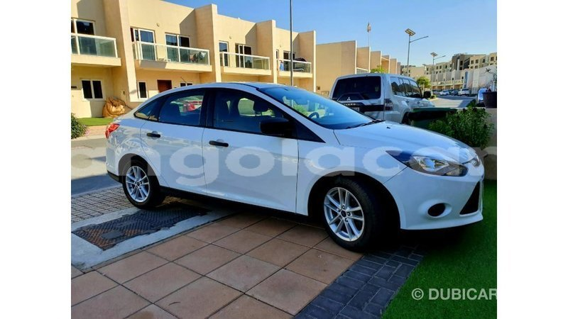 Big with watermark ford focus bengo province import dubai 9171