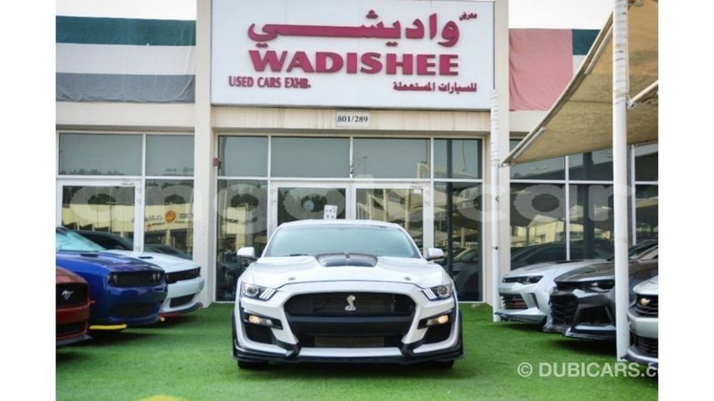 Big with watermark ford mustang bengo province import dubai 9395