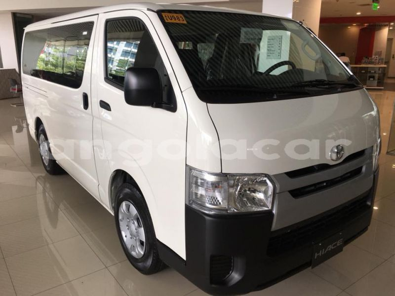 Big with watermark toyota hiace kuando kubango menongue 10239