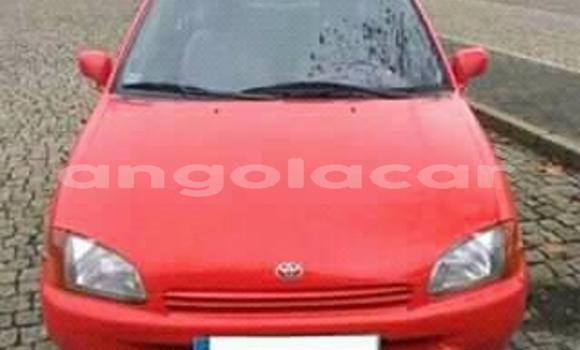 Comprar Usado Toyota Starlet Vermelho Carro em Luanda em Luanda Province