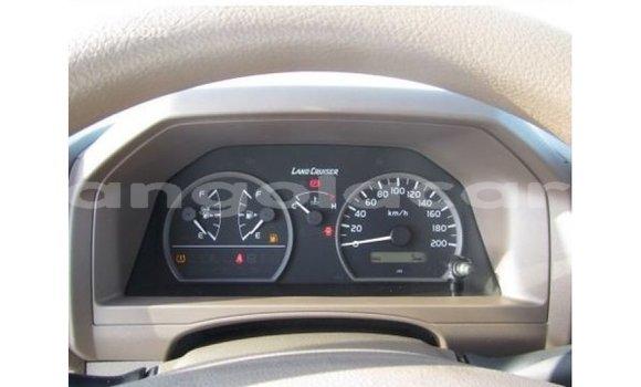 Comprar Importar Toyota Land Cruiser Branco Carro em Import - Dubai em Bengo Province