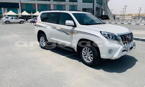 Comprar Usado Toyota Land Cruiser Prado Vermelho Carro em Luanda em Luanda Province