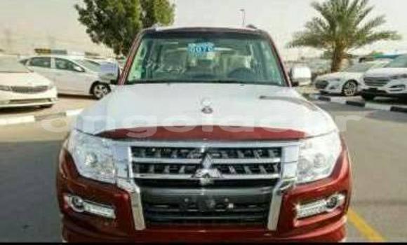 Comprar Usado Mitsubishi Pajero Vermelho Carro em Luanda em Luanda Province