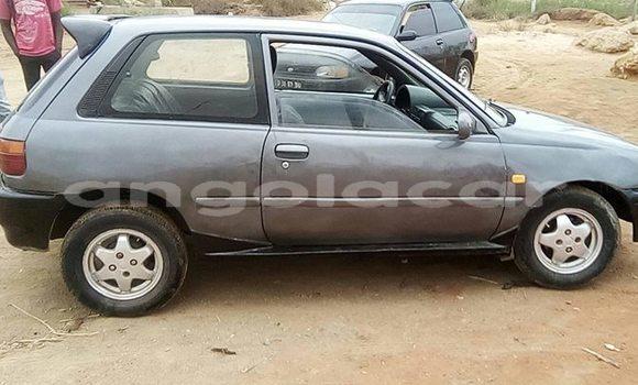 Comprar Usado Toyota Starlet Outro Carro em Luanda em Luanda Province