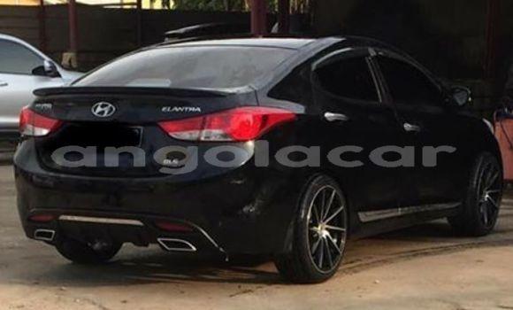 Comprar Usado Hyundai Elantra Preto Carro em Luanda em Luanda Province