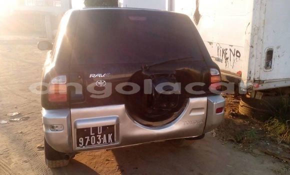 Comprar Usado Toyota RAV4 Carro em Luanda em Luanda Province