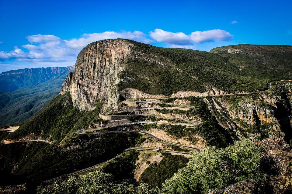 Angola montagne route